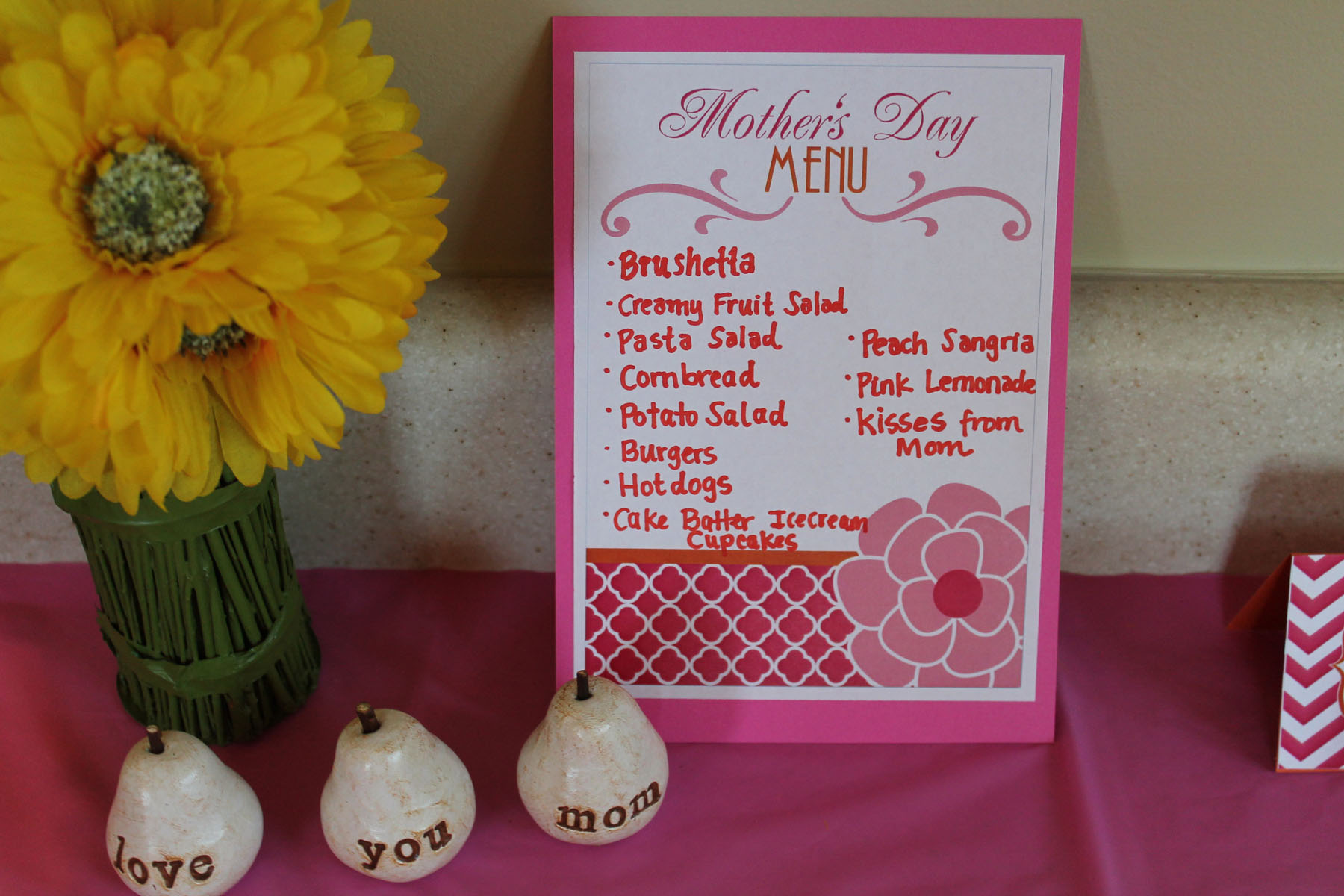 Mother's Day Decorations - Free Printable! | ipinnedit